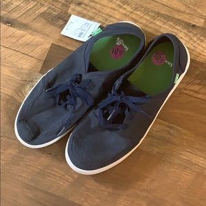 Sanuk Shoes - NWT Sanuk men's shoes